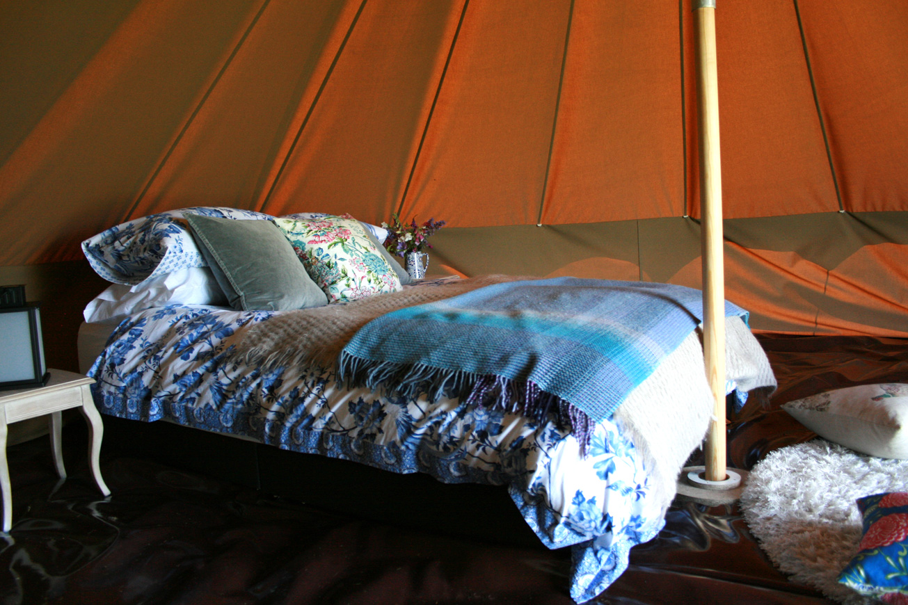 Bell Tent Glamping Warwickshire - Hilltop Hideaways Facilities