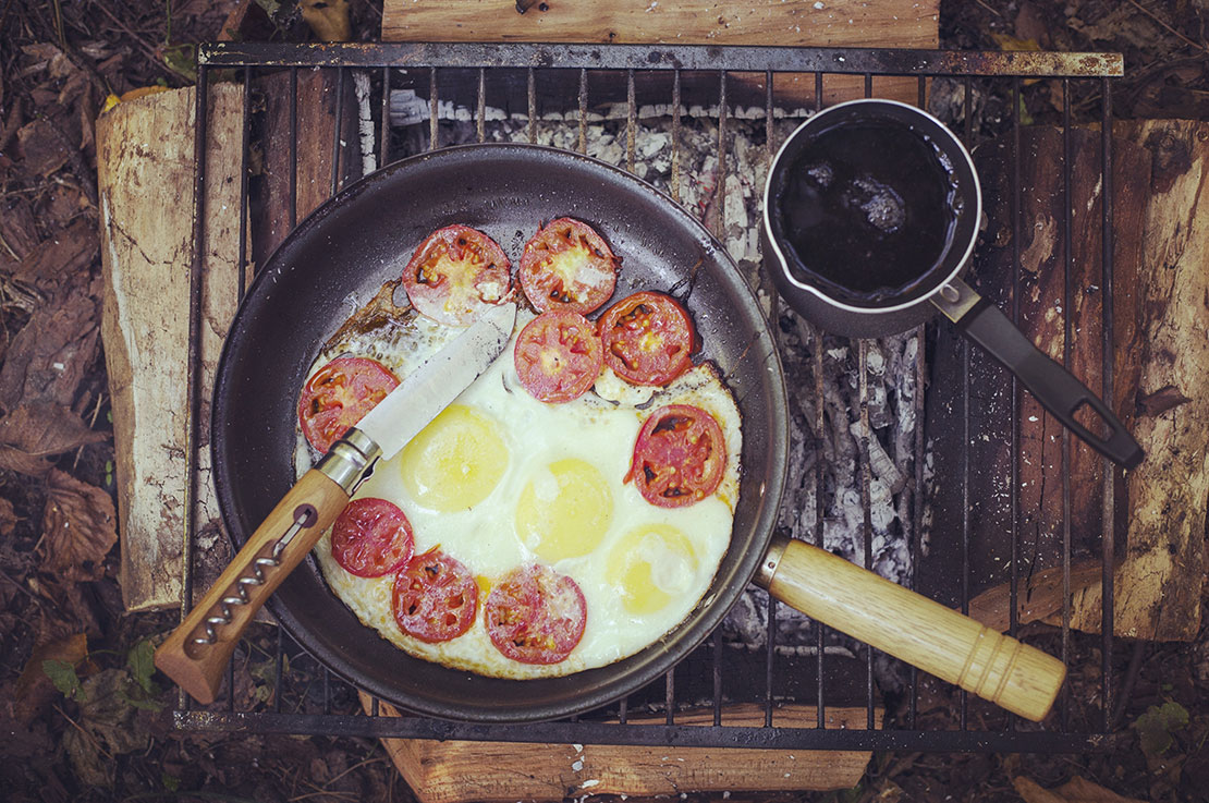 Easy Camping Meals for Family Adventures