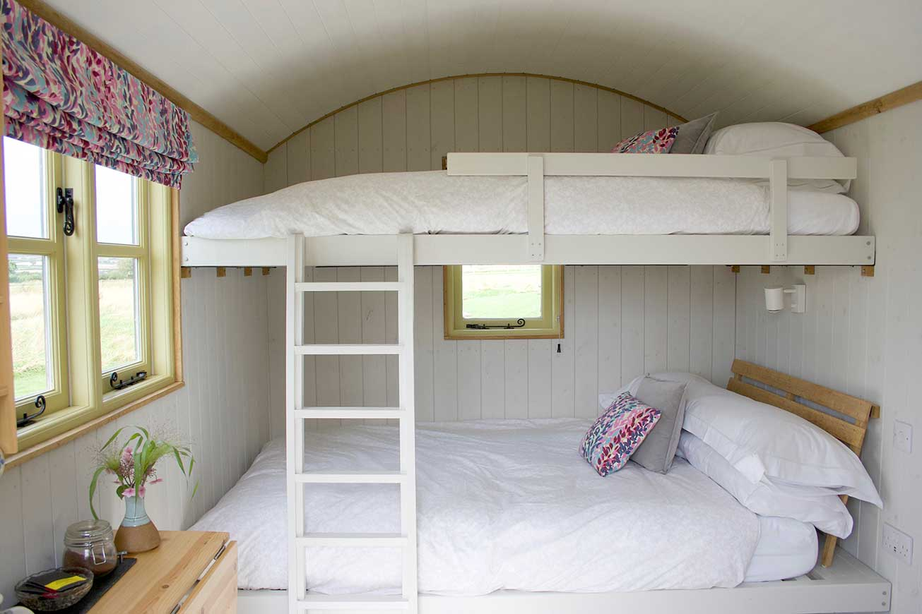 Shepherds Hut Double Bunk Beds - Hilltop Hideaways - Hilltop Hideaways